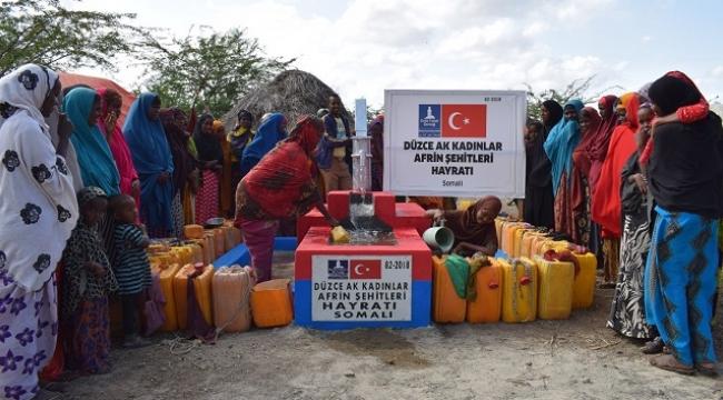 AK KADINLARDAN SOMALİ'YE CAN SUYU