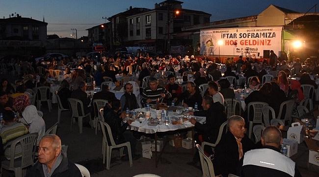 İFTAR SOFRALARI AZİZİYE'DE KURULDU