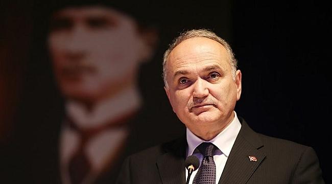 FARUK ÖZLÜ'DEN PUSULA'YA KUTLAMA