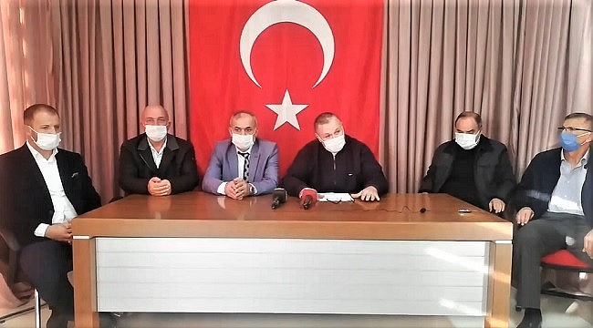 MHP'Lİ MECLİS ÜYELERİNDEN TOPLU İSTİFA