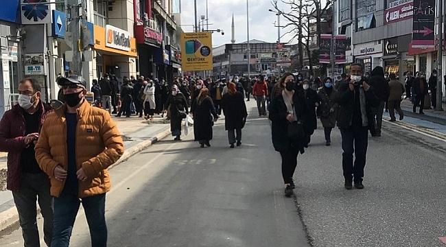 DÜZCE'DE CUMARTESİ GÜNÜ SOKAĞA ÇIKMAK SERBEST OLDU