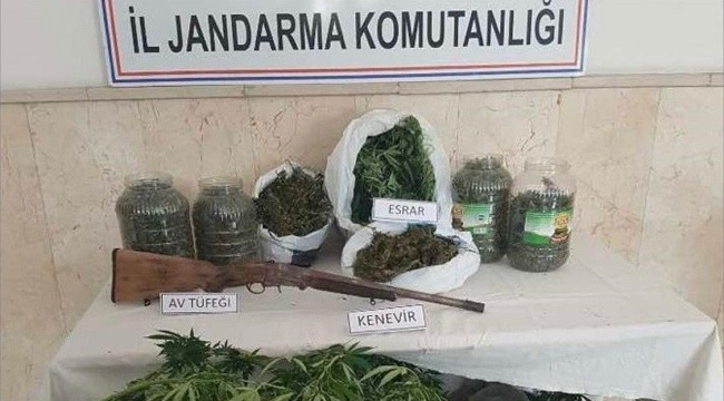 JANDARMA YAKALADI